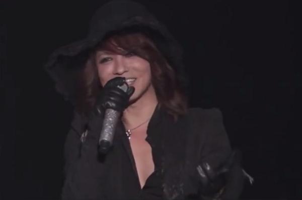 【動画】HYDEがYOSHIKIと共演!舞浜のロックフェスが35,000人が熱狂!.png