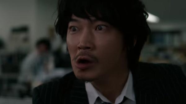 【動画】ドコモ新CM、綾野剛がすぐ来れるカメラマンで斎藤司を思い出す!.png