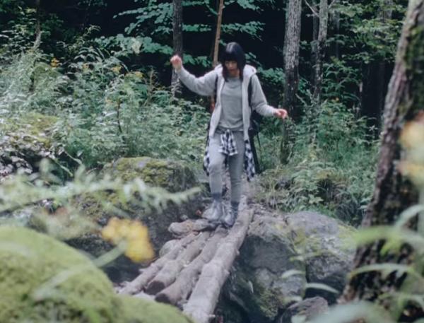 【動画】宇多田ヒカルの天然水CM|CM曲「道」とともに南アルプス登山!.png