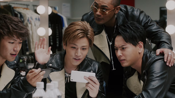 【動画】岩ちゃん「スポナビライブ」に夢中!Softbank新CM第2弾!.png