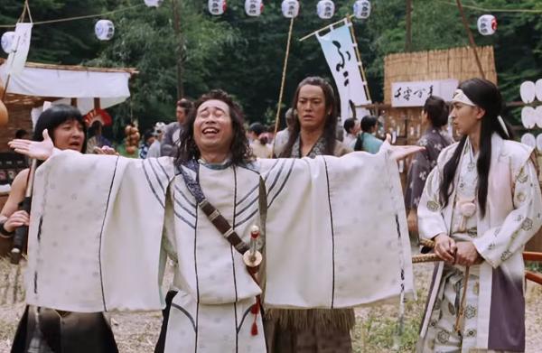 【動画】au三太郎CM「雷おこし」篇で一寸法師が元のサイズに!?.png