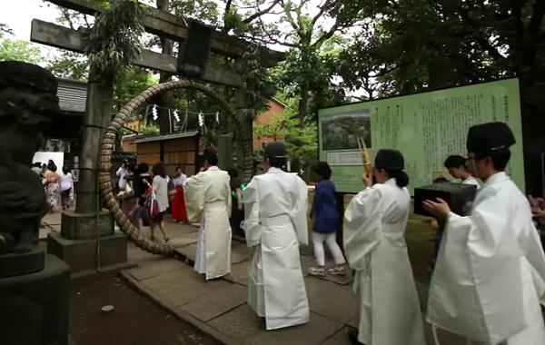 赤坂氷川神社「茅の輪くぐり」.png